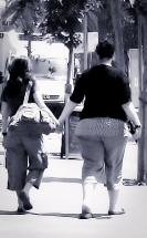 hold hands-1
